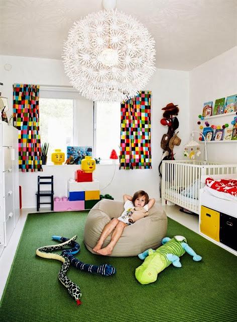 Interior Dengan Aksen Warna Tegas 7