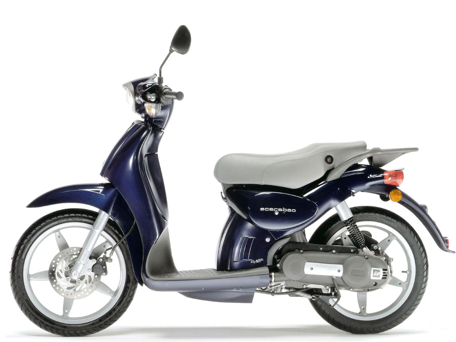 2005 aprilia scarabeo 50 four stroke scooter pictures. Black Bedroom Furniture Sets. Home Design Ideas