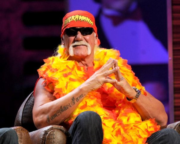 Hulk Hogan intenta eliminar su video porno de la web