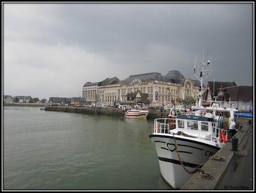 Port de Trouville et Casino Barrière