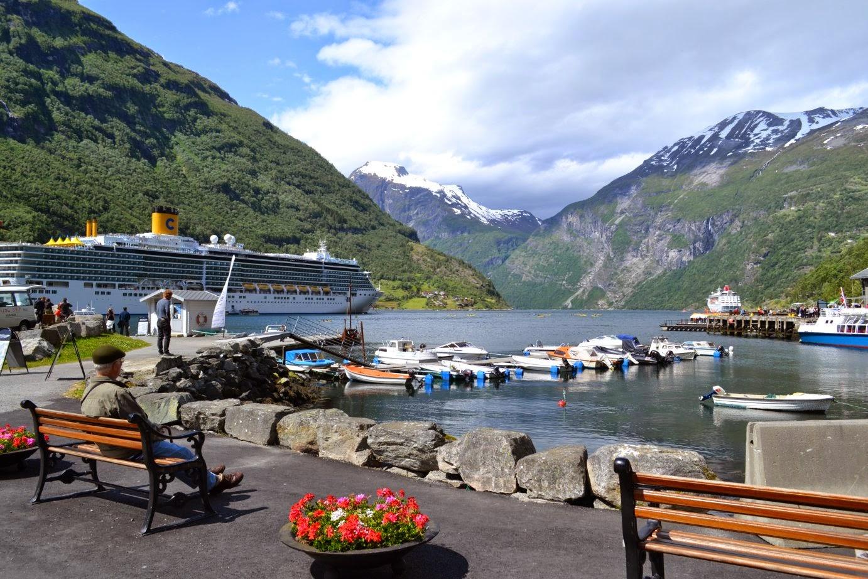 Geiranger fjord city