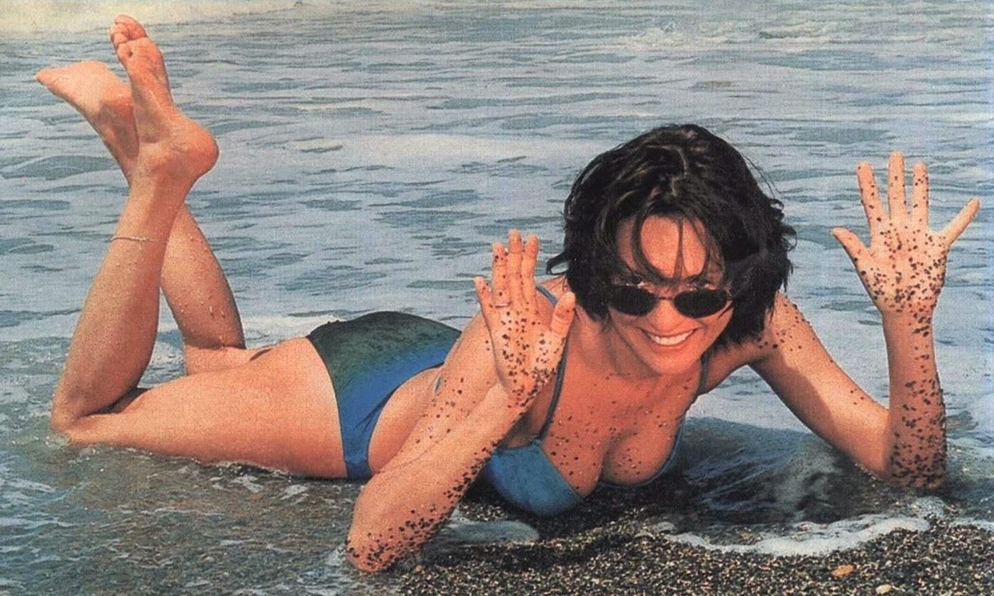 Александров в молодости фото на пляже