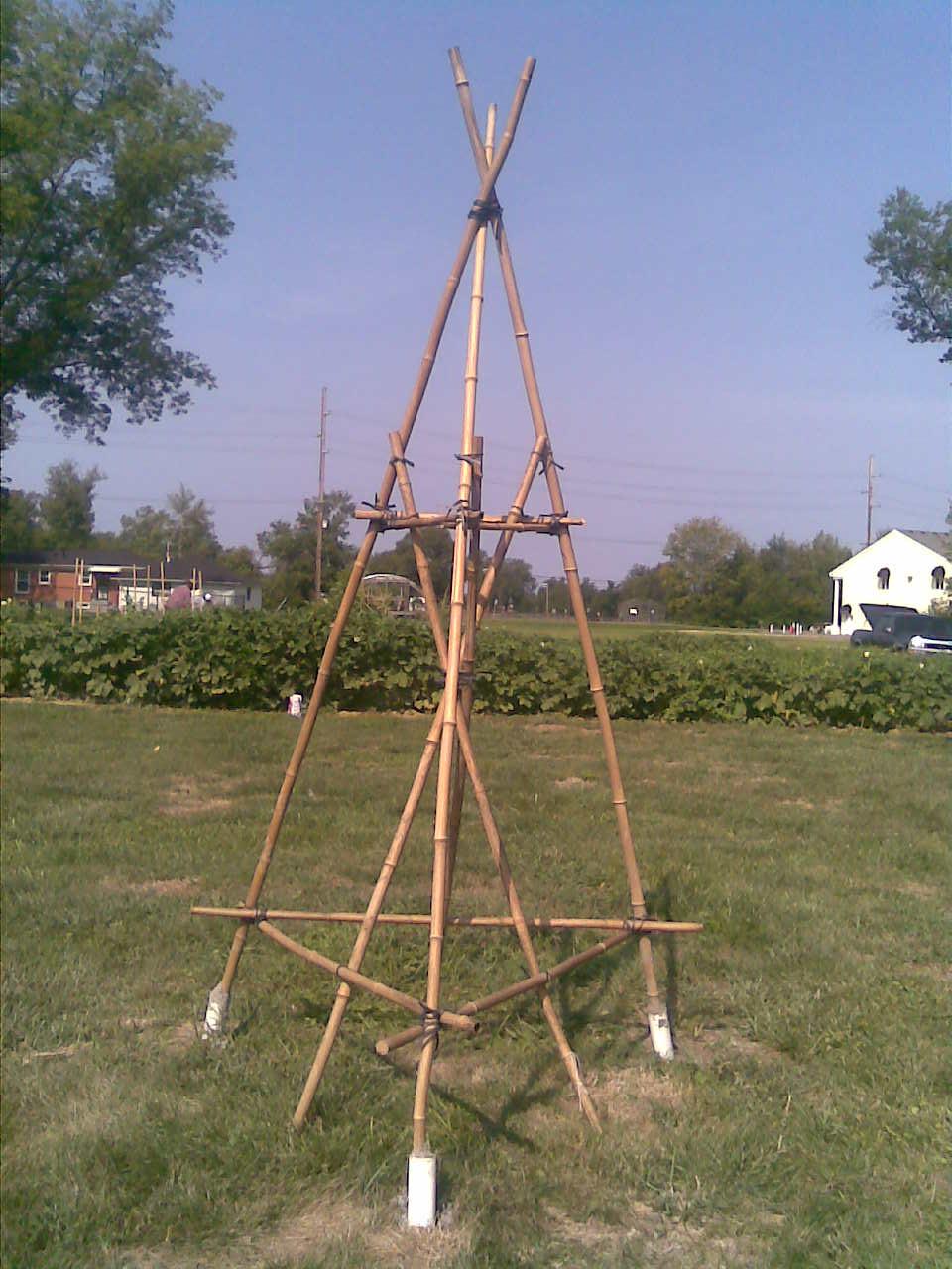 MKAmos Community Garden Art in Newburg Summer 2012