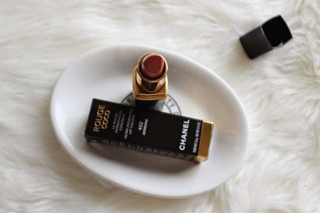 Make-Up Snobbery