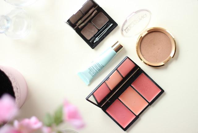 weekend make-up essentials