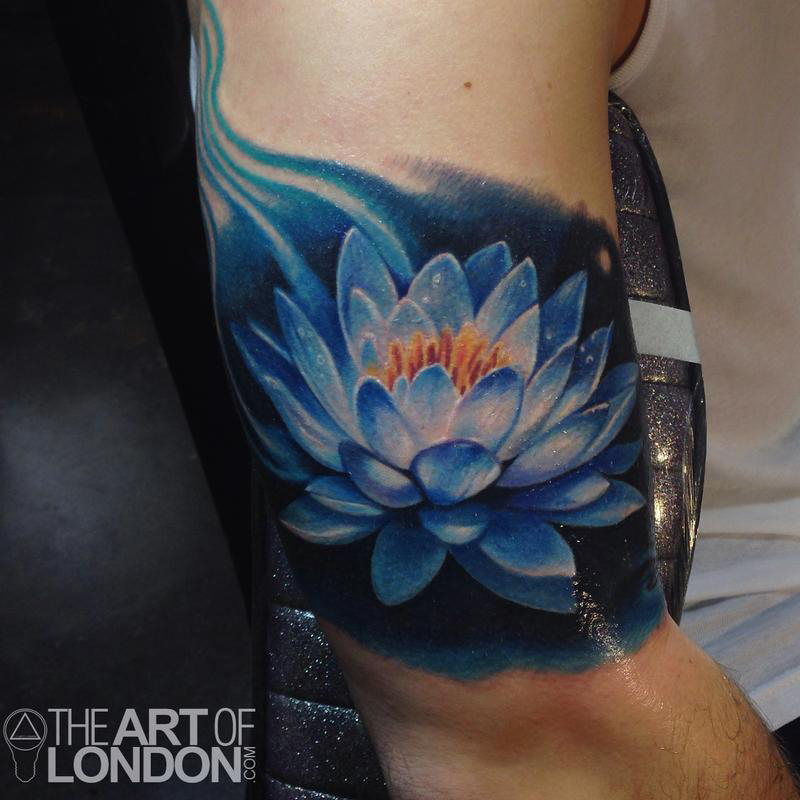 tatueringar 25 lotus flower tattoo designs. Black Bedroom Furniture Sets. Home Design Ideas