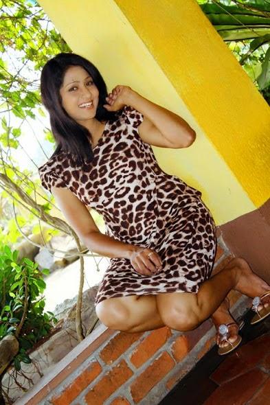 Udayanthi Hot Photos