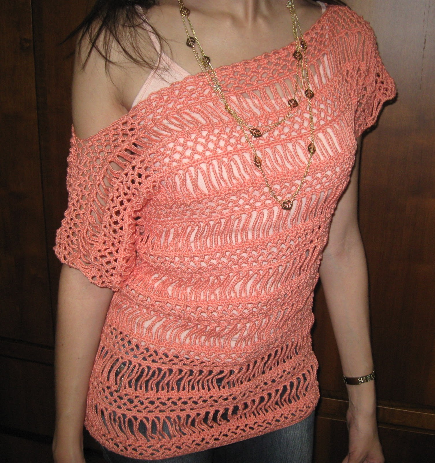 Fique na moda com as blusas de crochê ~ Sua Cara Seu Estilo