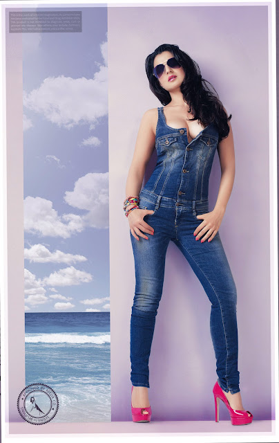 Ameesha Patel Hot