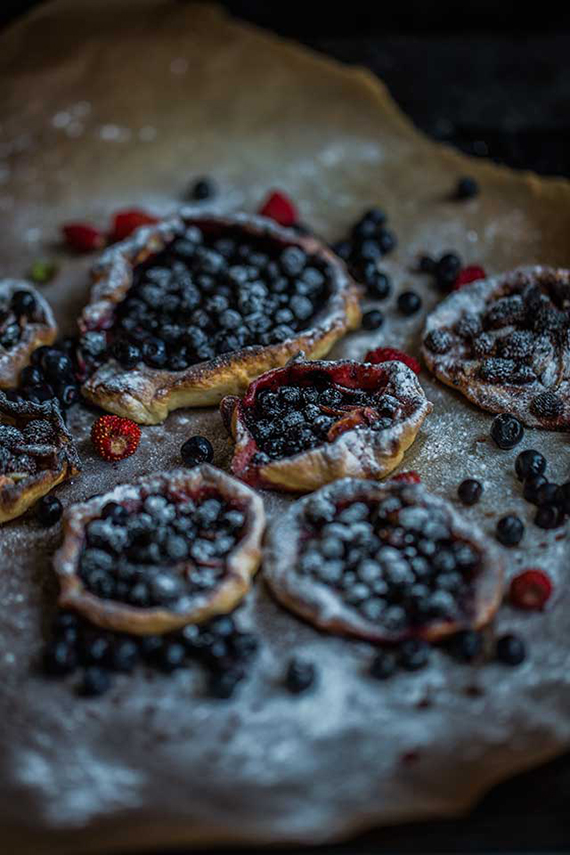 Crusty galettes with fresh blueberries and caramel do sound like heaven. Find the recipe on Dare To Cook.