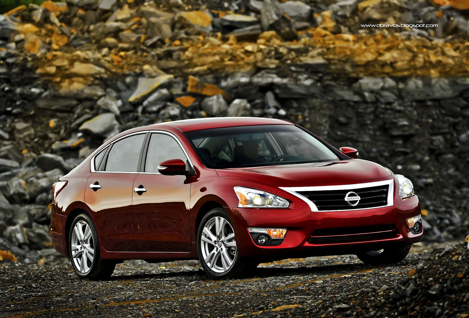 nissan altima 2013 gana valoraci n 5 estrellas en ncap. Black Bedroom Furniture Sets. Home Design Ideas