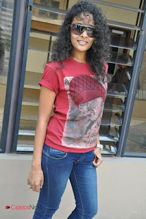 Sonia Deepti Pictures in Skinny Jeans at Mr. Manmadha Movie Press Meet 0010
