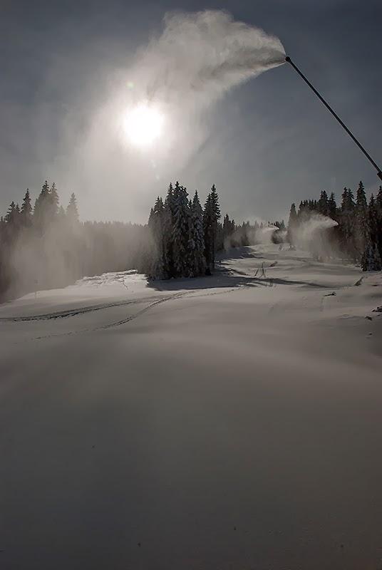 Skijaška staza - pogled ka suncu