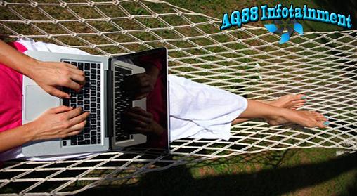 Makin tingginya popularitas smartphone dan tablet memberi imbas cukup besar pada pasar komputer personal atau PC.