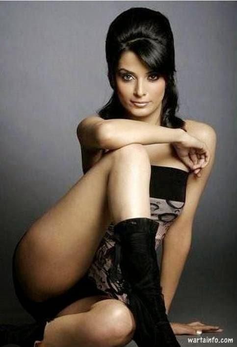 Foto hot seksi paha mulus Pooja Sharma Artis Seksi India pemeran Drupadi di Mahabharata - wartainfo.com