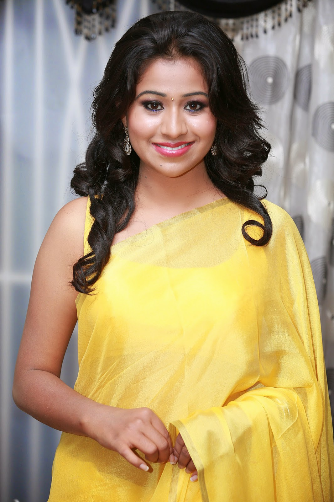 Manali Rathod in yellow saree photos