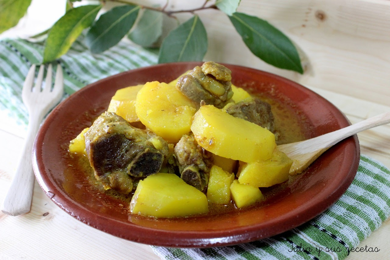 Julia y sus recetas costillas de cerdo guisadas con patatas - Patatas con costillas de cerdo ...