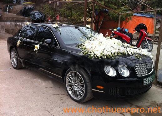 Cho thuê xe cưới Mercedes S65 AMG tại Hà Nội