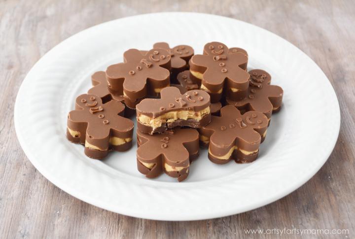 Peanut Butter Cup Gingerbread Men Recipe at artsyfartsymama.com