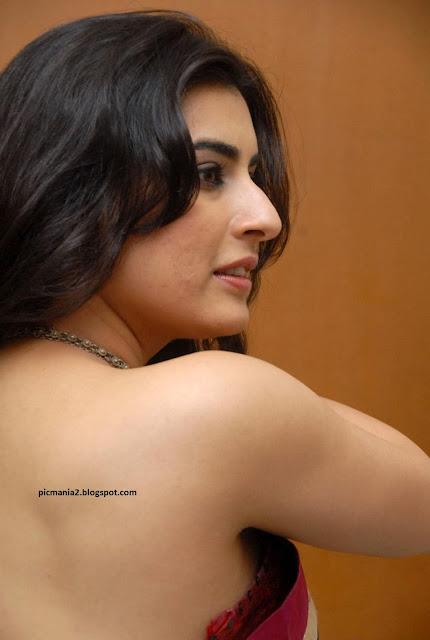 Archana aka Veda Sexy saree image gallery