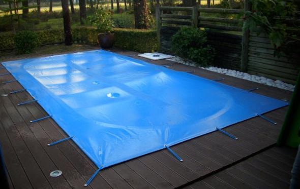 Capas e lonas t rmicas de pisicnas protecao para piscinas for Coberturas para piscinas