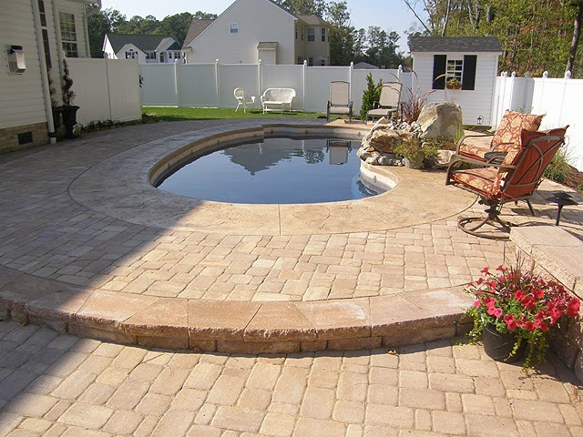 Piscinas lindas y modernas en fotos piscinas precios for Cuanto cuesta poner una piscina en casa