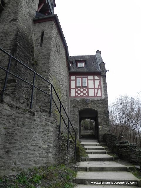 O Burg Stahleck
