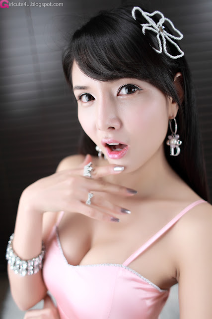 xxx nude girls: Drink with Cha Sun Hwa