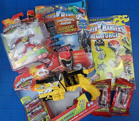 Bandai Power Rangers Dino Charge toys and magazines