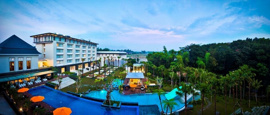 Azam Go Holliday: Melayani Hotel/Villa/Home Stay