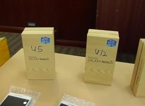 MKL Crimedesk Polis Kuala Lumpur Rampas 500 Telefon Bimbit Tiruan