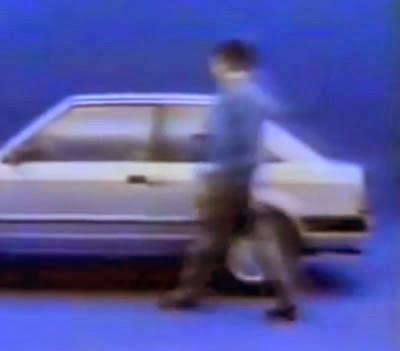 VT de lançamento do Ford Escorte em 1983.