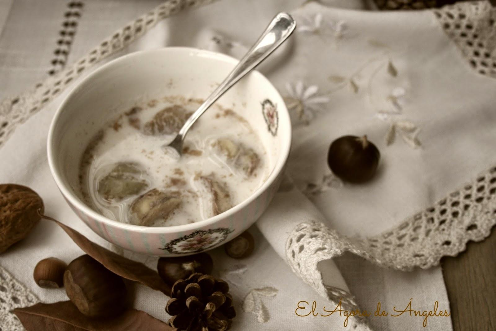 Castañas con leche, canela,otoño