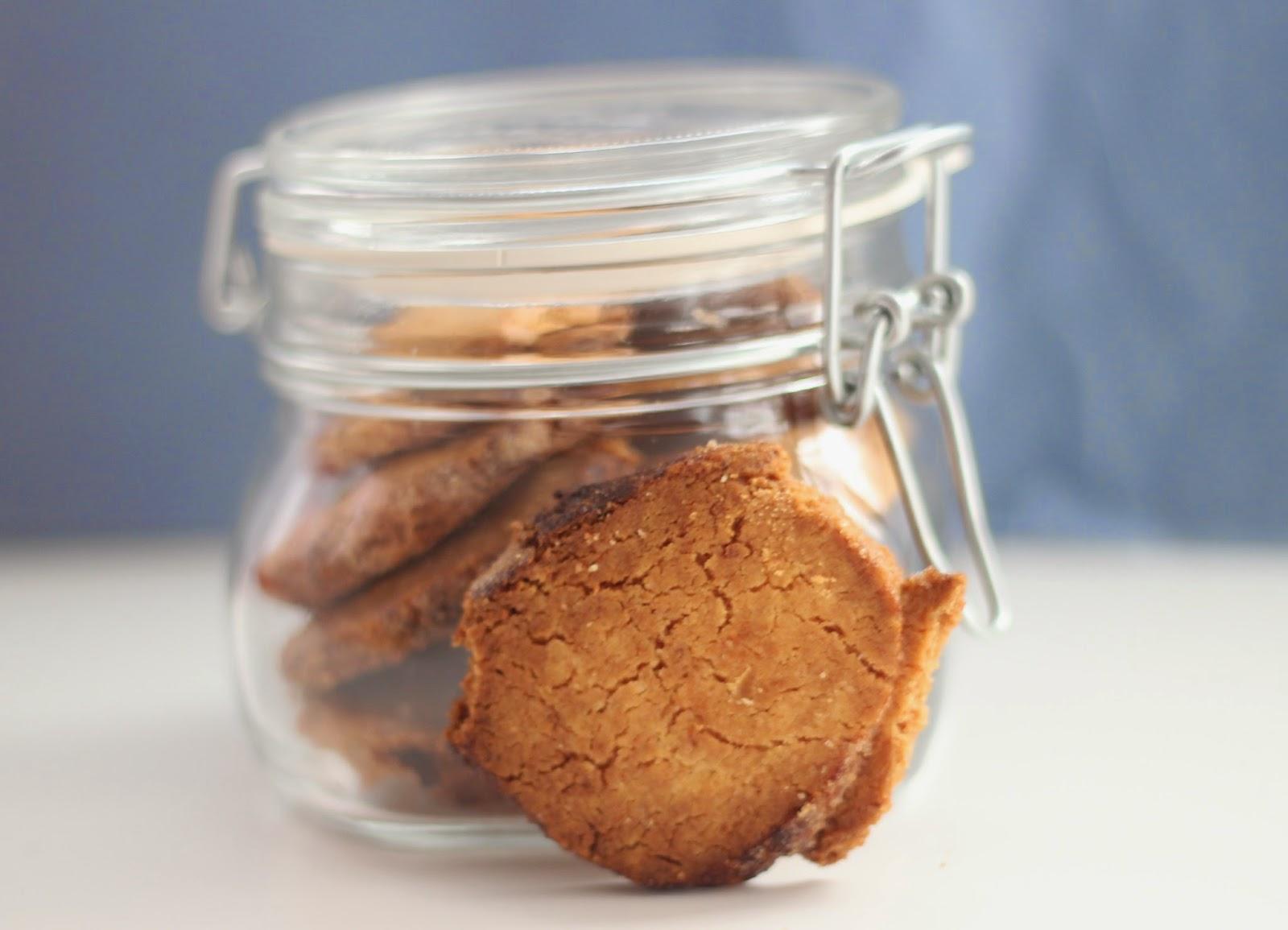 photo-como-preparar-galletas_de_naranja-para-regalar-en-bote-etiqueta