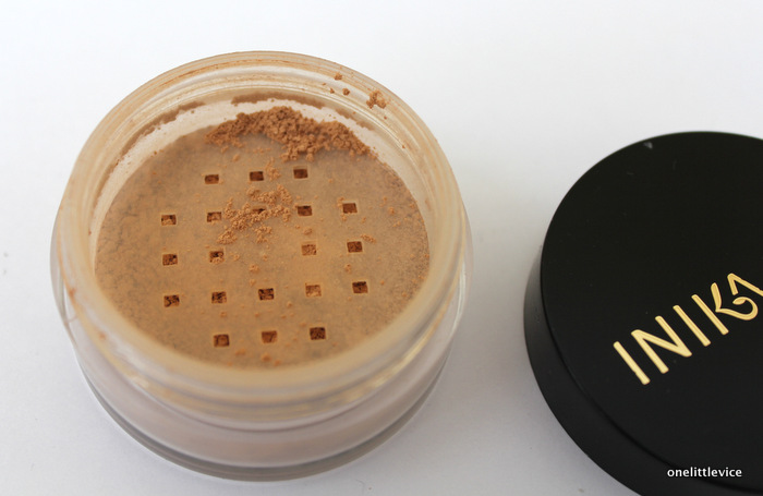 One Little Vice Beauty Blog: Natural Mineral Bronzer Talc Free