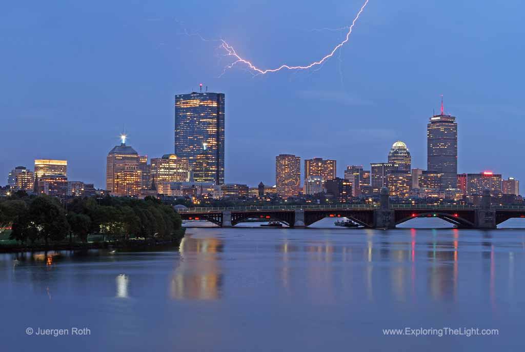 http://juergenroth.photoshelter.com/gallery-image/Boston/G00003cWcZlgWzHI/I0000hP9.tH9CeQk