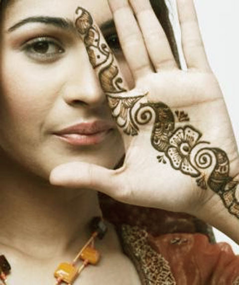 Simple Beautiful New Mehndi Designs  Fashion World