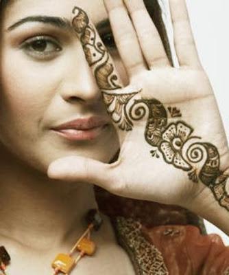 Simple Beautiful New Mehndi Design