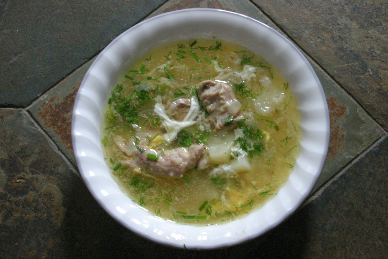 Effortnesslessly: Chicken Egg-Drop Soup