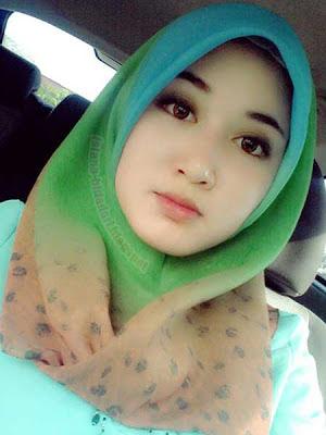 jilbab barbie syahrini cantik