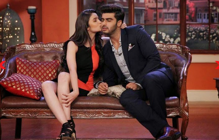Alia Bhatt kissing Arjun Kapoor