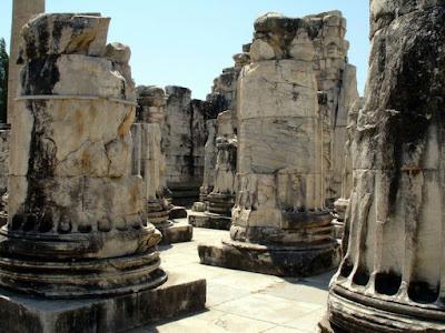didyma apollon tapınağı
