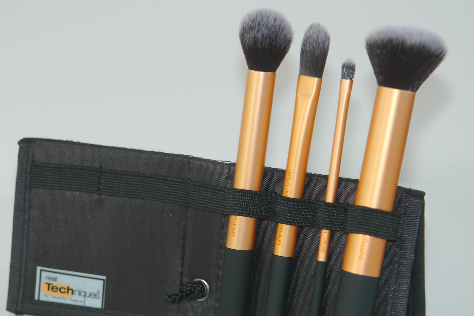 Real Techniques Core Collection review, brushes, make up, Real Techniques, review, blogger, UK, Contour Brush, Pointed Foundation Brush, RT, Buffing Brush, Detailer Brush