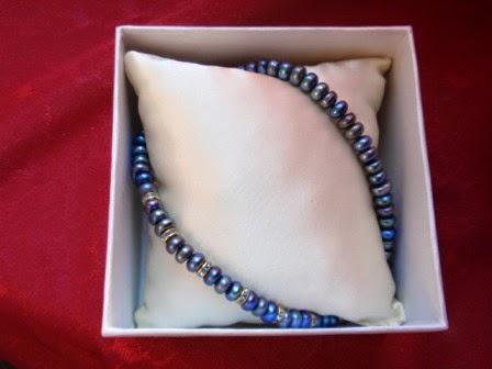 Naszyjnik z czarnych pereł