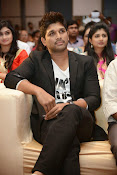 Allu Arjun Stylish Photos-thumbnail-7