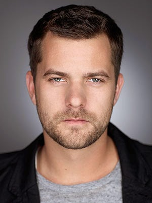 Canadian Actor Joshua Jackson HD Images