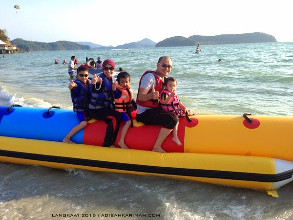 short vacation trip to Langkawi - banana boat