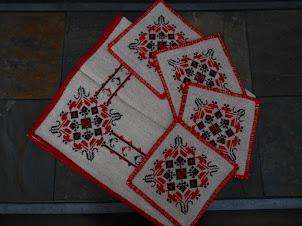 Gardez les traditions roumaines et encouragez le folklore, en achetant un rare travail manuel fait