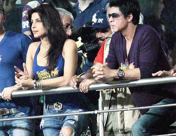 priyanka chopra top mumbai indians - hot - priyanka chopra in mumbai indians jersey top