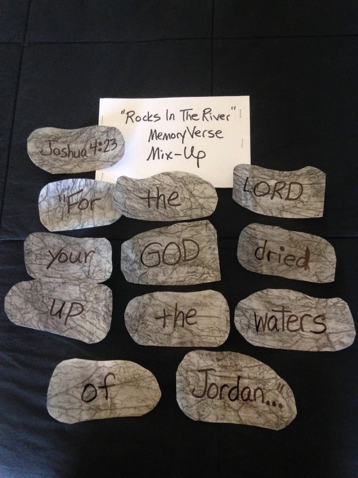 Children 39 s bible lessons lesson 12 stones to remember for Joshua crafts for sunday school